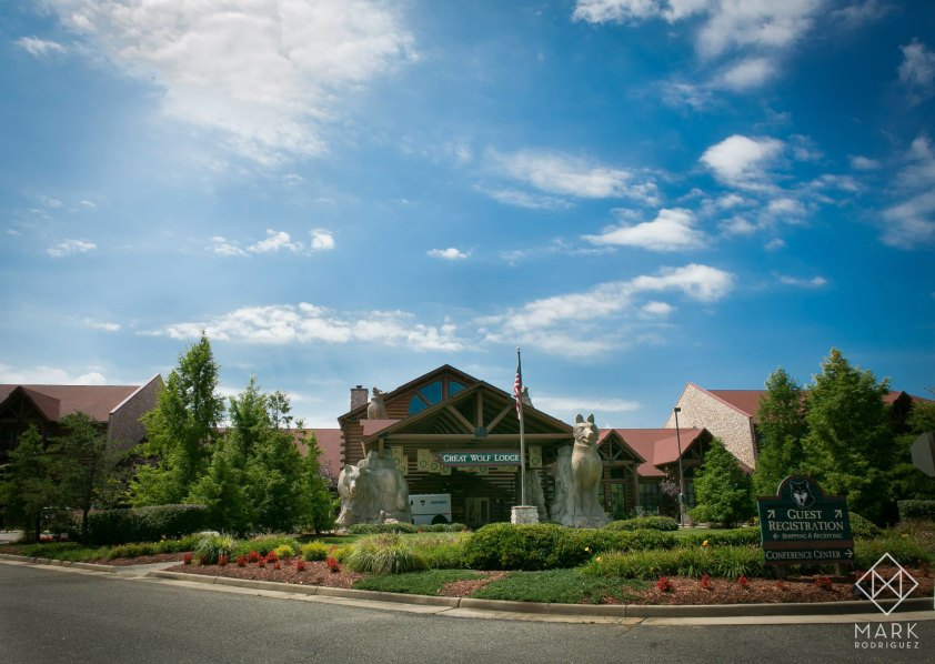 8 Great Wolf Lodge